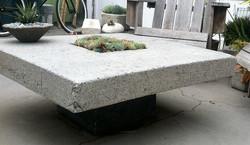 Pozzola table