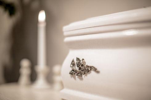 Hamvasztásos temetés, urna