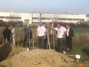 Sikeresen szerepeltek a V4 sírásóversenyen magyar csapatok