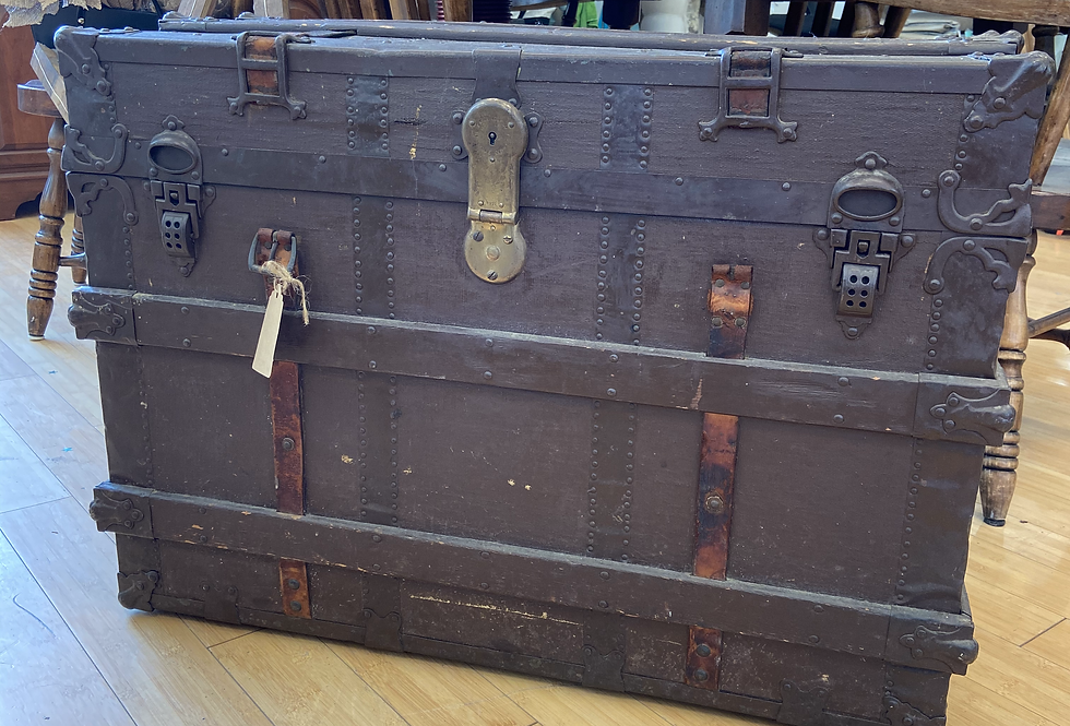 Antique Chest/traveling chest