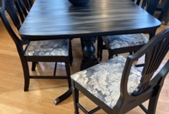Antique Table set with 6 Chairs