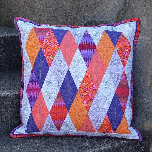Dimond Delight Cushion