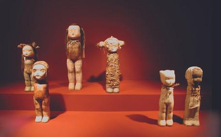 Girls - Museum Installation (2001)