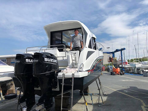 Marine Electronics GPS, VHF and radar Re