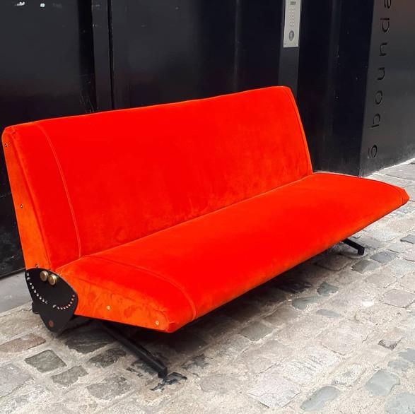 """""""D70 Sofa"""""""