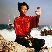 1977-hoangnam-3_edited.jpg