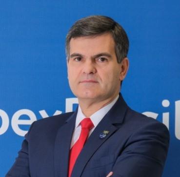 Sergio Segovia