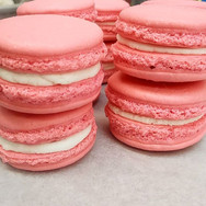 Strawberry French Macarons are available today!!!! #sweetescapephilly 🍓🍓_•_•_•_•_•_•_•_ #bestdessertsinphilly #phillyfoodie #phillycupcakes_