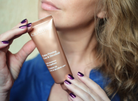 Clarins Extra-Firming Cou and Decollete Youthful Lift Neck&Decollete care