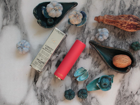 Lancome L'Absolu Rouge  Drama Matte #157 Obsessive Red
