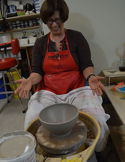 Finishing throwing a bowl