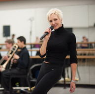 Amra-Faye-Write-rehearsal-photo-Mr.-Mono