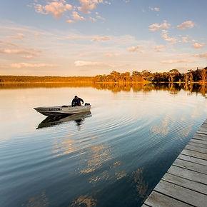 Fishing+-+Wallaga+Lake+boat.jpg