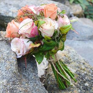 bouquet-peach-02_edited.jpg