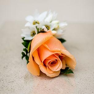 single-rose-buttonhole-flower.jpg