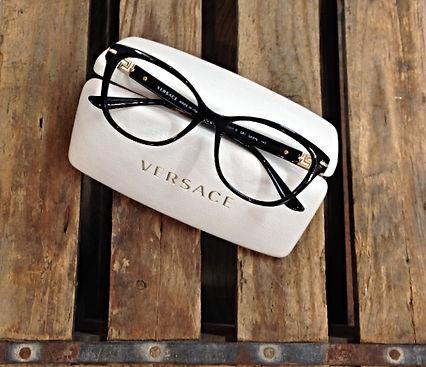 Optiker Helsingborg Klofves Optik glasögon nya bågar Versace