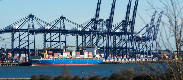 Primer aprimorado com grafeno se mostra eficiente para aplicações marítimas