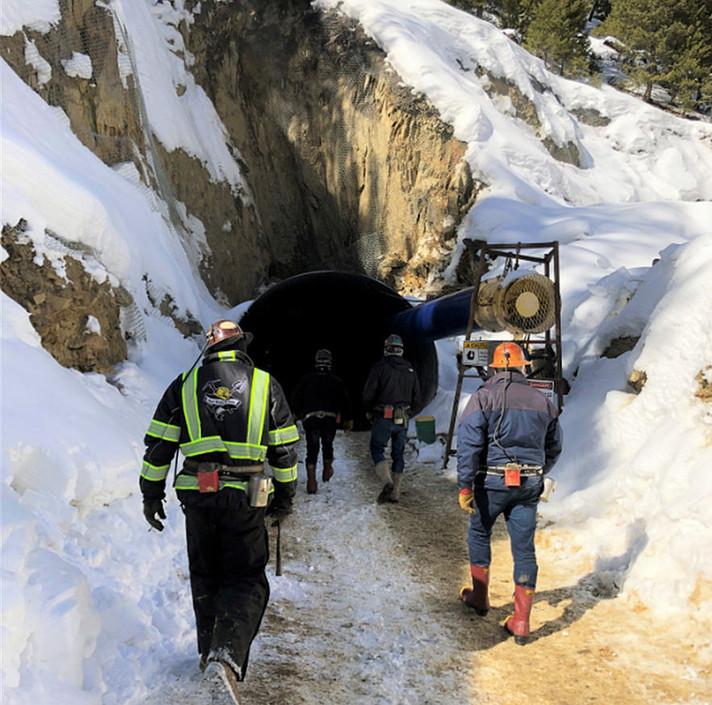 EUA procuram Canadá em busca de minerais para a construção de veículos elétricos