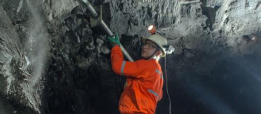 Sistema anticolisão para mina subterrânea