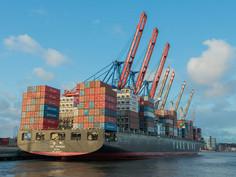 Os embarques de minério de ferro da Austrália para Port Hedland para a China aumentam 10,6% em abril