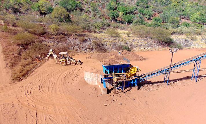 EUA adquirem participação em mineradora de metais para combater o controle chinês