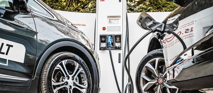 Demanda por matérias-primas para carros elétricos deve crescer