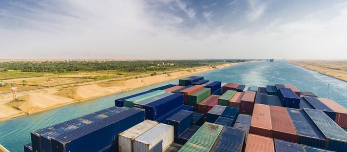 O risco de Suez chega em um momento ruim para o mercado de alumínio anormalmente apertado