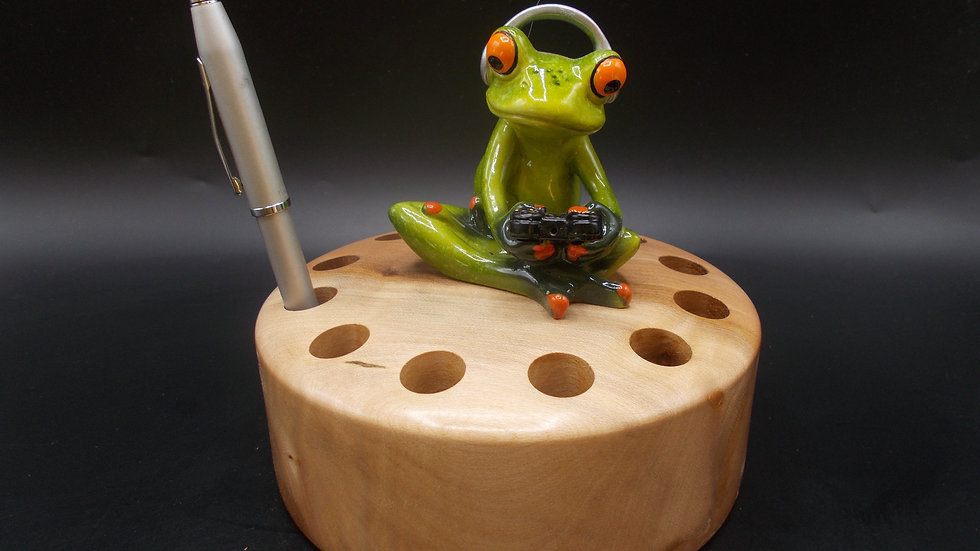 Pen Holder with Gaming Frog, hand made in Sycamore