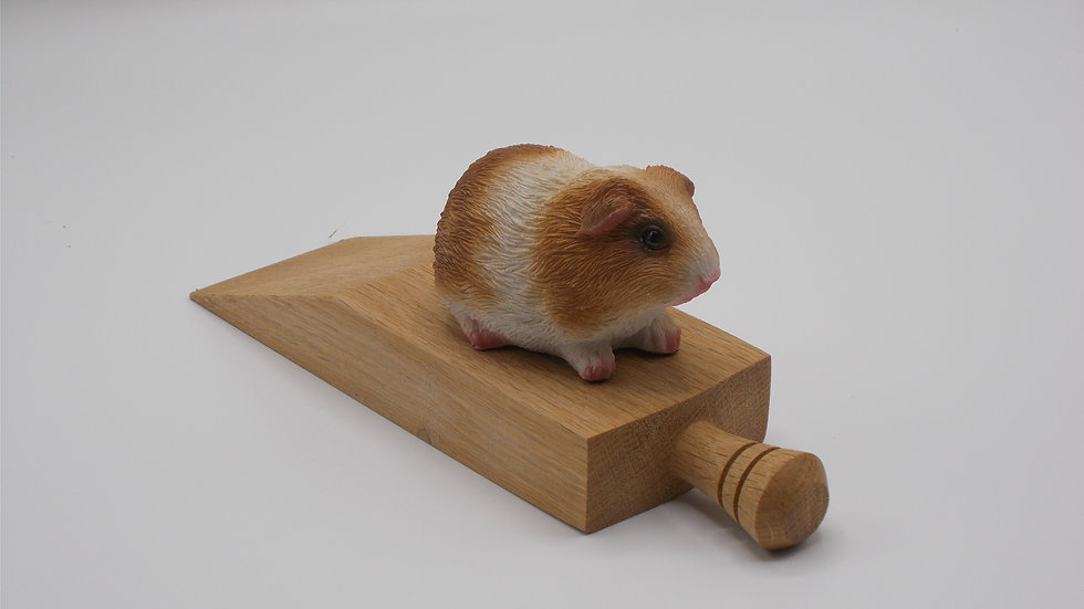 Door stop with Brown Guinea Pig