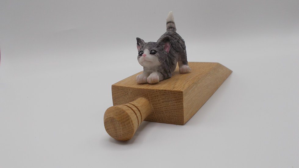 Oak Door stop with Kitten