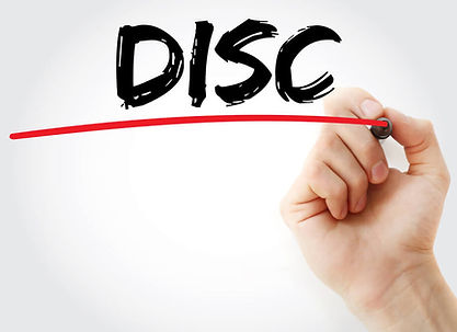 MAO_ASSINANDO_DISC.jpeg