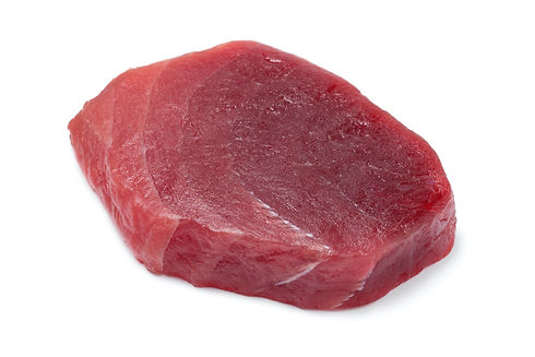 single-fresh-raw-yellowfin-tuna-steak-28