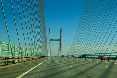 canva-bridge,-bristol,-wales,-severn-bri