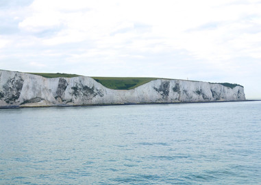 canva-dover,-cliffs,-england,-coast,-sea