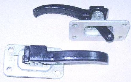 Ручка открывания двери крючок Газель Газ 3307 Валдай картинка