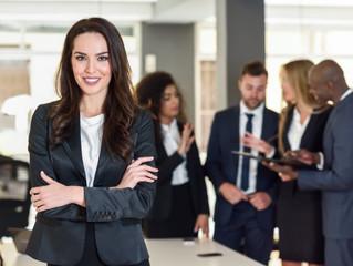 Experiência profissional no campo empresarial por um assistente social.