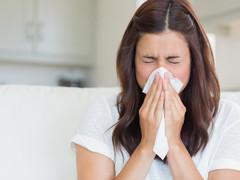 Como evitar alergias na hora da limpeza