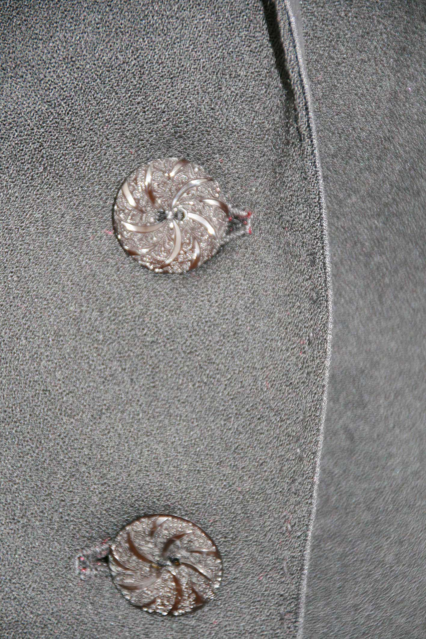 Veste smoking boutons bijoux