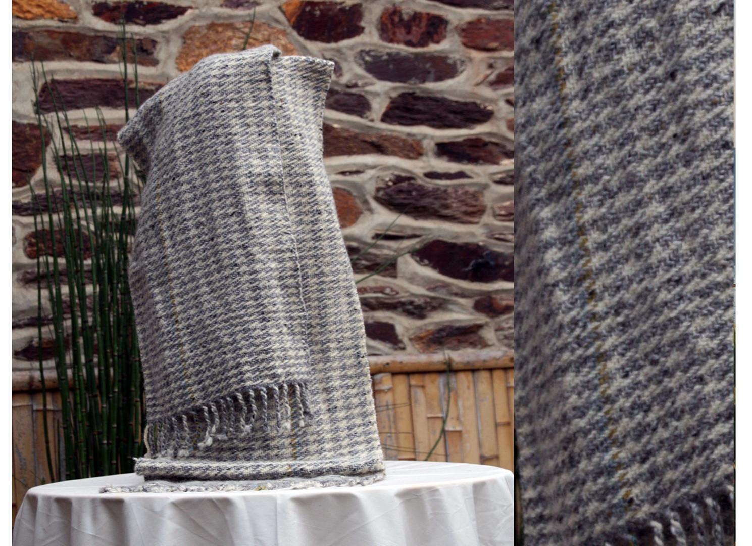 écharpe laine et  mohair motof pied de p
