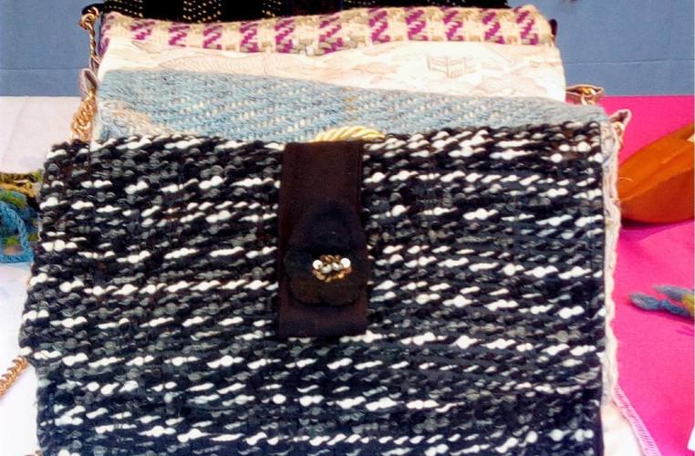pochette de soirée tissage laine et apli