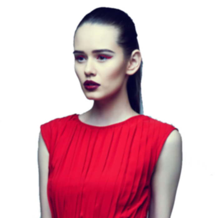 Chaque mois, une nouvelle silhouette réalisable sur mesure  dans la couleur et la matière de votre choix