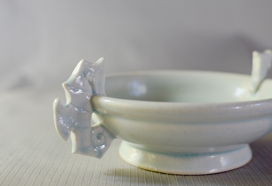 Lea-Hawkins-ceramics-seahorse-bowl.jpg