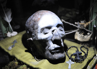 Witch Doctor Sculpture