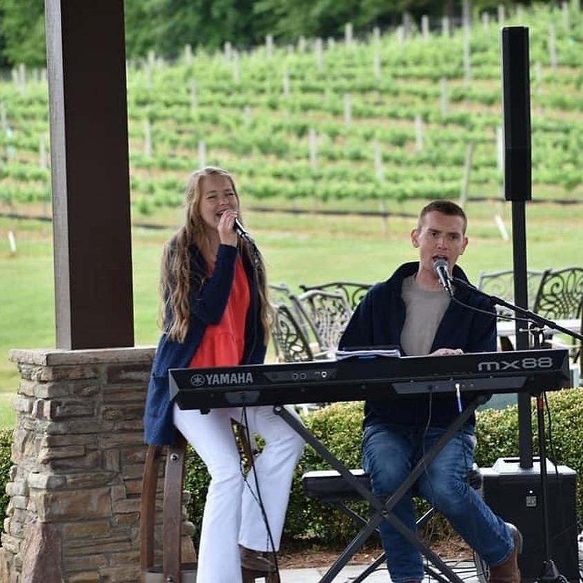 Dustin Chapman & Ryleigh Madison at Coastal Wine Room
