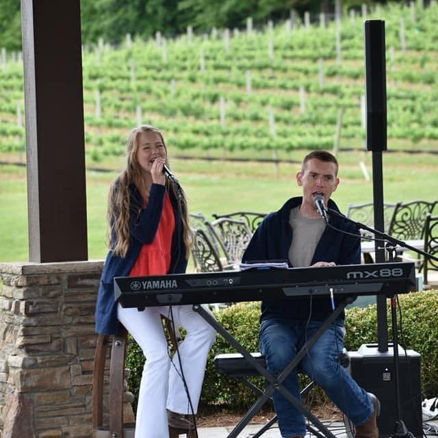 Dustin Chapman & Ryleigh Madison at Childress Vineyards