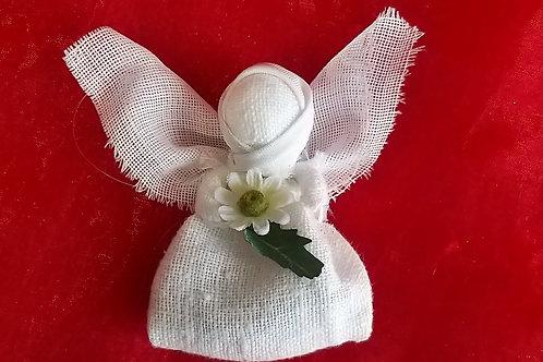 Ангелочек с цветком