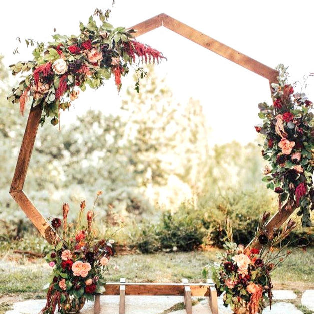 Wooden Heptagon Arch