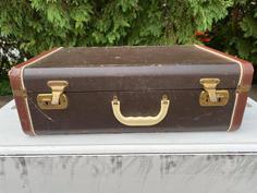 Victoria Vintage Suitcase