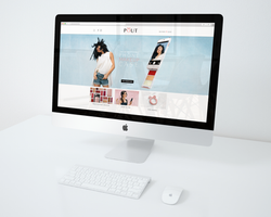 Mac-iMac-mockup-on-desk-POUT
