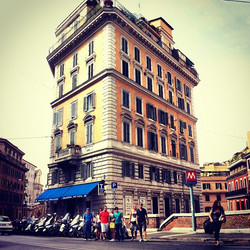 Instagram - Rome street